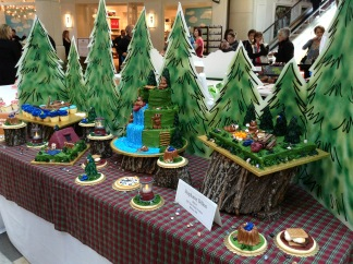 HyVeeCakeDecoratingCompetition-3-2013-04-6-21-38.jpg