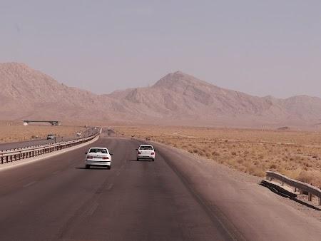 01. Autostrazi Iran.JPG
