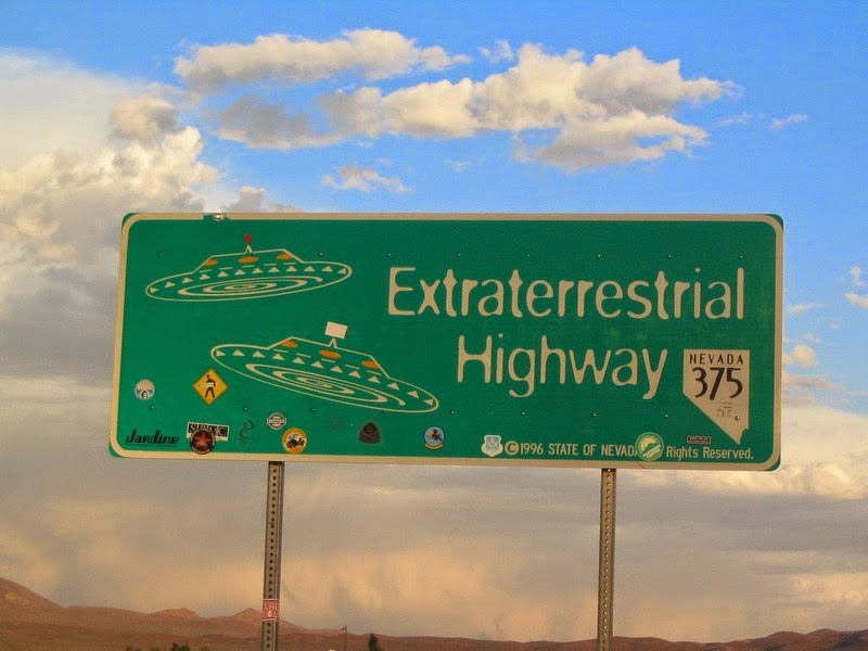extraterrestrial-highway-13