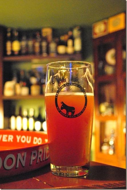 CrazyDonkey@LocalPub-06Jan12-Donkey glass