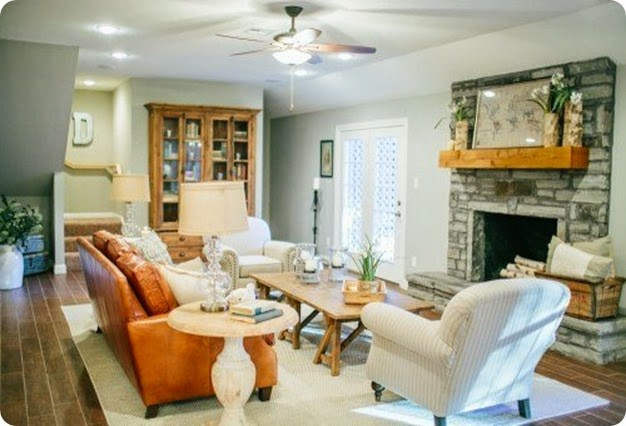 2-3 Living Room