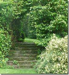 baitlaws garden arch