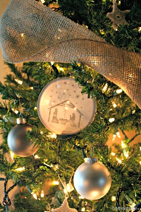 Neutral Christmas ornaments