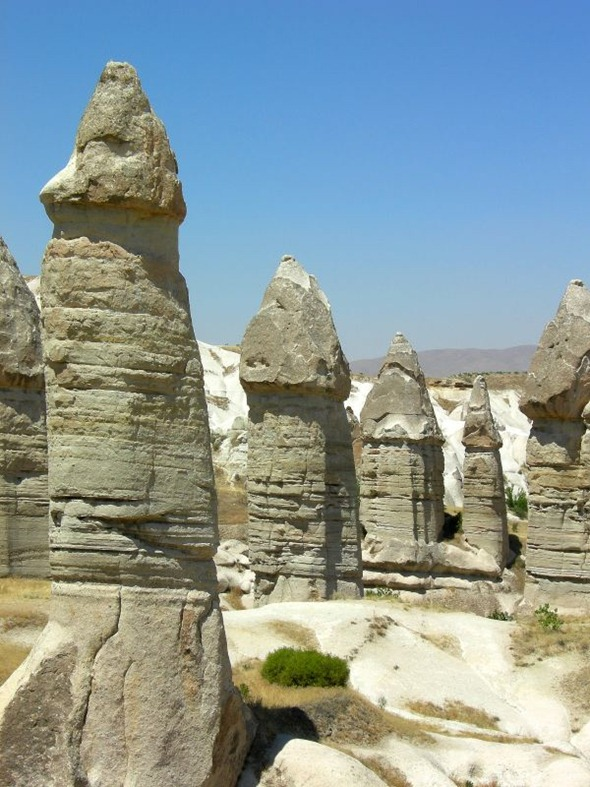 love valley goreme turkey 1