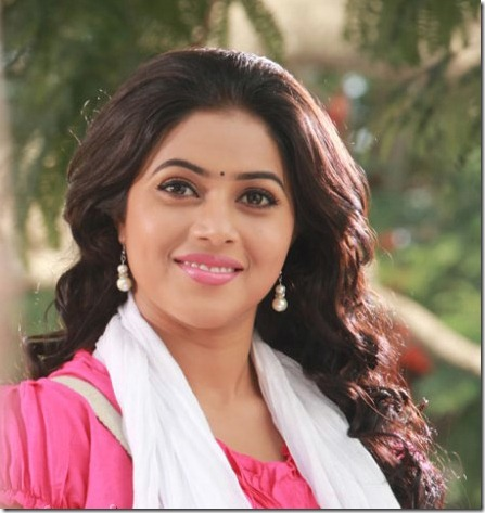 Actress Poorna at Padam Pesum Tamil Movie Stills