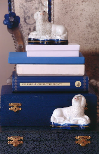 Blue and white books, boxes and porcelain.
