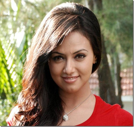 SanaKhan cute face