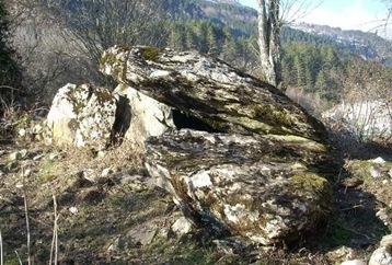 Dolmen de Sakulo - megalitismo en Navarra
