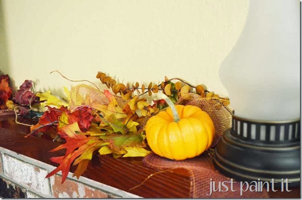 Fall-Mantel-Upstairs-E