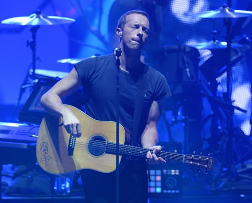 450594922-vocalist-chris-martin-of-british-rock-band-gettyimages
