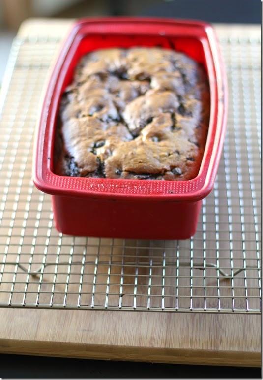 Cookie-Cocoa Swirled Pumpkin Bread3