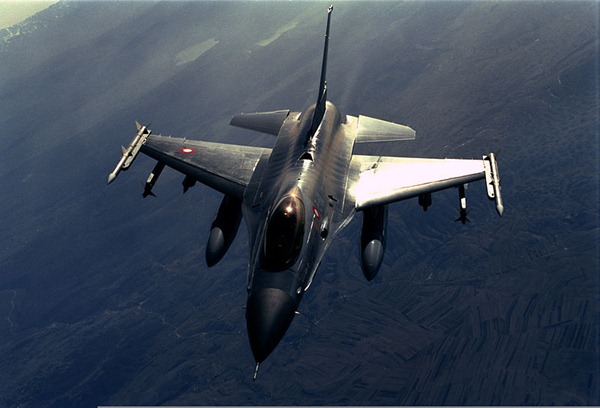 طائرة تركية حربية