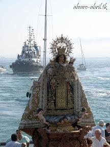 procesion-carmen-coronada-de-malaga-2012-alvaro-abril-maritima-terretres-y-besapie-(24).jpg