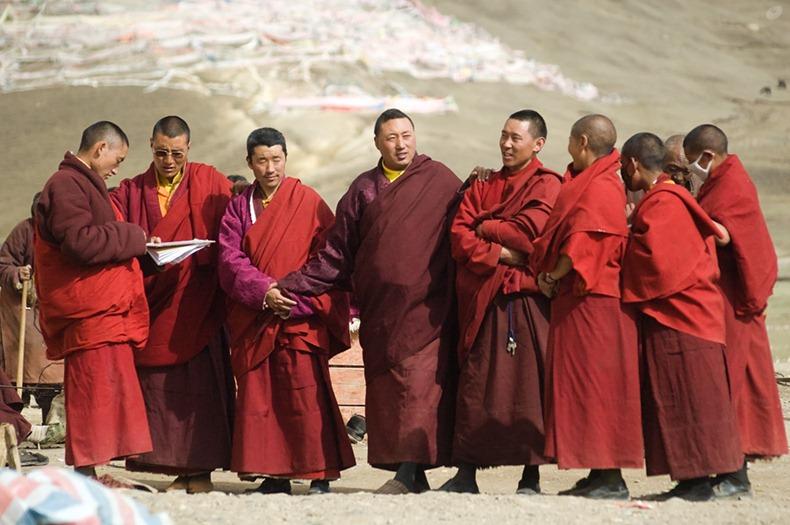 yarchen-monastery-2
