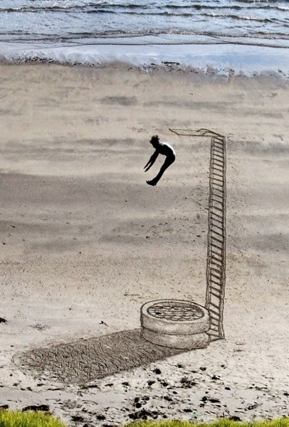 Jamie Harkins sand illusion