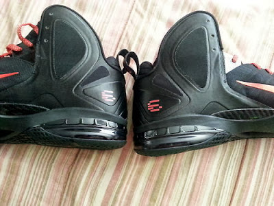 nike lebron 9 ps elite black red pe 1 02 #TBT: Nike LeBron 9 P.S. Elite Hunger Game #6 Logo PE