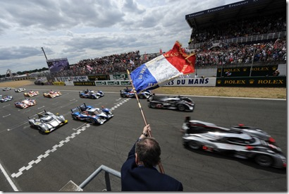 start_of_the_24_hours_le_mans_2011_large_99991