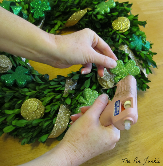 gluing boxwood wreath