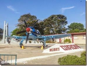 Avião de guerra no museu de Playa Girón