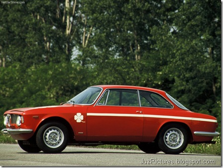 Alfa Romeo Giulia Coupe 1300 GTA Junior1