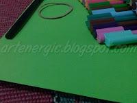 bahan-bahan Cara Membuat Hiasan Ujung Pensil Lucu dari Kertas Lipat