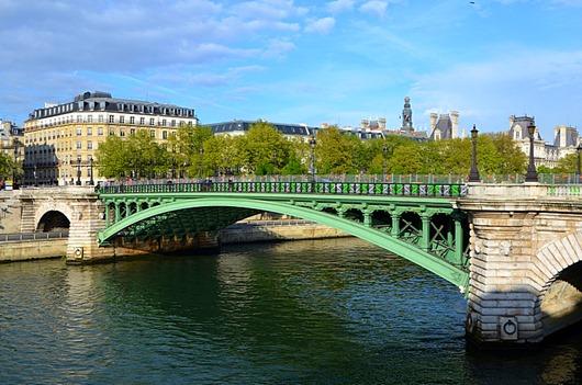 Pont_Notre-Dame_a_Paris_DSC_0041