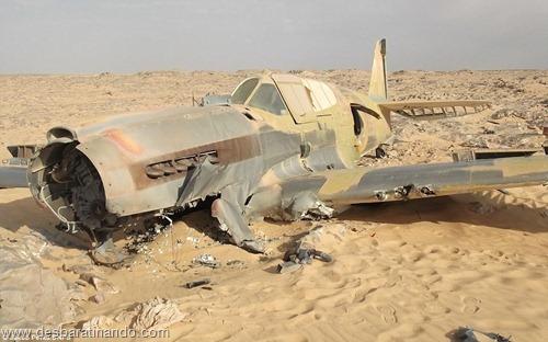 aviao Kittyhawk P-40 encontrado no deserto 70 anos desbaratinando  (10)