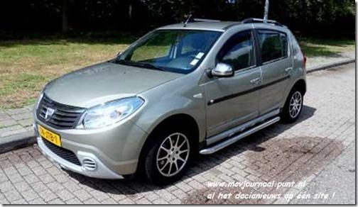 Dacia Sandero met sidebars 01