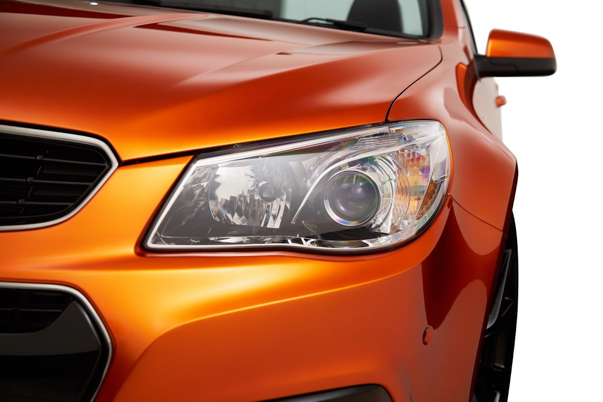 Holden unwraps new commodore ss v previews 2014 chevrolet ss w 2014 holden commodore ssv 5 vanachro Images