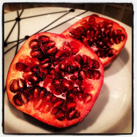 #329 - fresh pomegranate to deseed