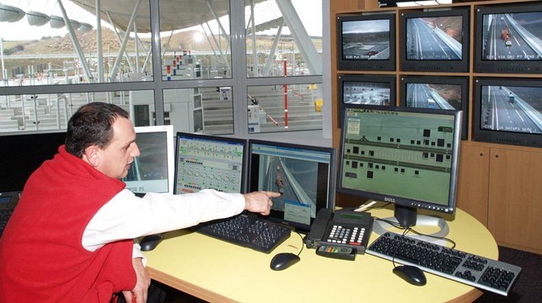 millau-viaduct-18
