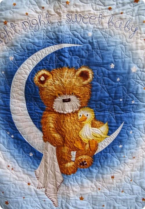 Pam blue quilt centreIMG_1958_1