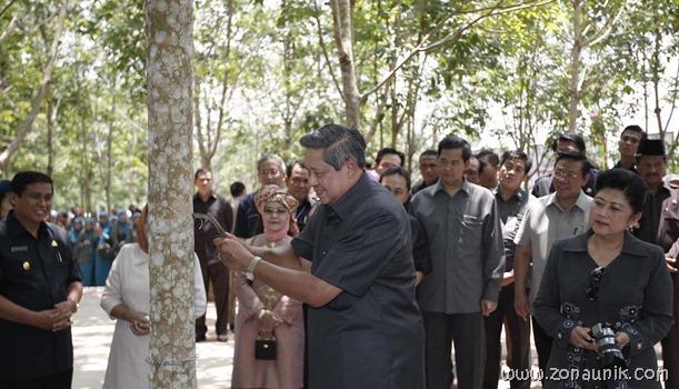 foto keseharian Presiden Indonesia Susilo Bambang Yudhoyono (30)