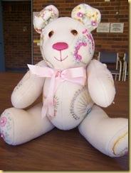28.06.11 Ineke Bear 2