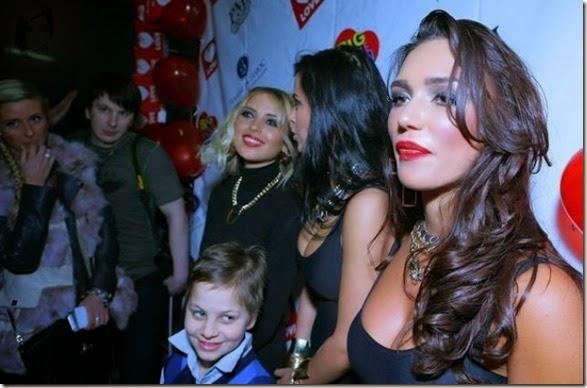naughty-kids-starring-033