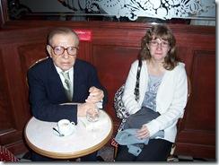2011.08.15-049 Jean-Paul Sartre et Stéphanie