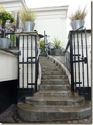 19 outdoor stairway