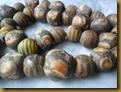 Kalung manik2 keramik - zoom1