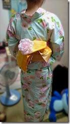 夏らしいパステルカラーの浴衣 (1)