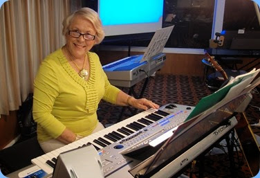 Marlene Forrest playing her Tyros 4. Photo courtesy of Dennis Lyons