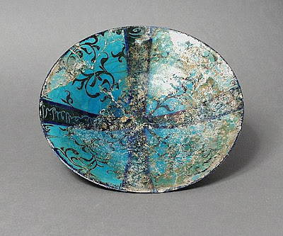 Bowl Iran, Kashan Bowl, early 13th century Ceramic; Vessel, Fritware, underglaze painted, 2 x 8 3/4 in. (5.08 x 22.26 cm) The Nasli M. Heeramaneck Collection, gift of Joan Palevsky (M.73.5.279) Art of the Middle East: Islamic Department.