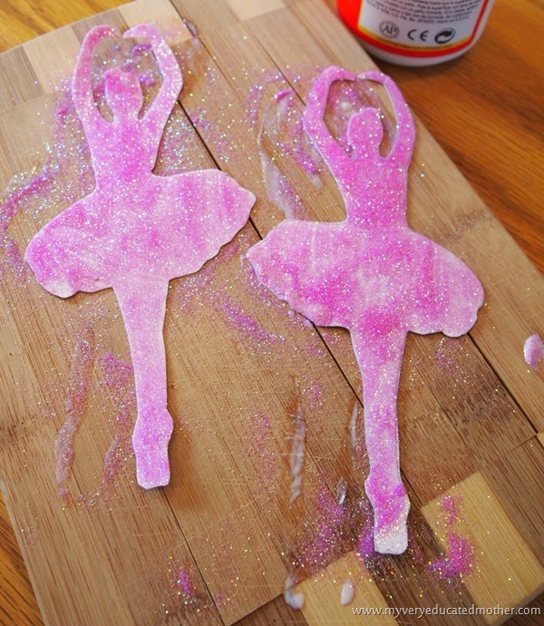 Gluebrushstrokesugh #craft fail #ornaments #dance #NUO2014