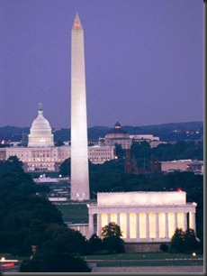 nowitz-richard-a-night-view-of-the-lincoln-memorial-washington-monument-and-capitol-building