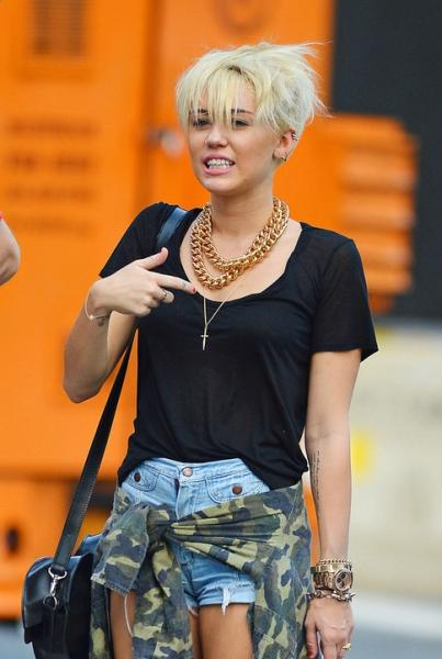 Miley Cyrus New Blonde Pixie Haircut for short hair