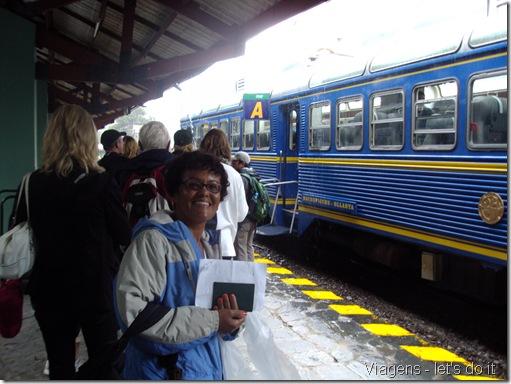 Estação de trem de Aguas Calientes, partindo de Machu Picchu a Ollantaytambo