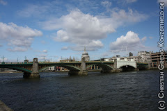 Eine Brücke über die Themse