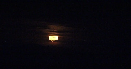 Full Moon Returning to Tucson (2)
