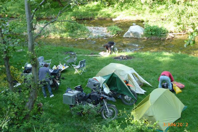 מחנה מהאגדות.jpg