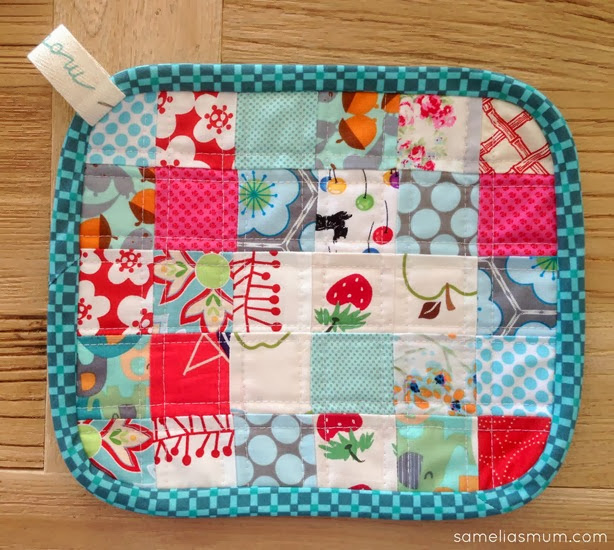 Scrappy Quilted Trivet - 6 x 5
