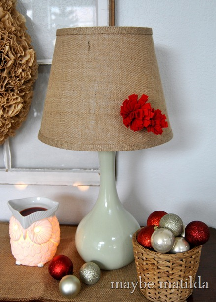 How to make removable no-harm-done lampshade flowers